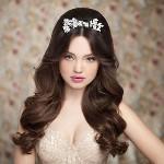 Укладка свадебной прически на распущенные волосы
