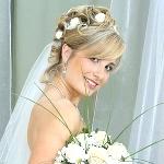 Укладка свадебной прически на средние волосы с челкой