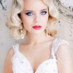 pricheski-svadebnye-raspushhennye-volosy_19