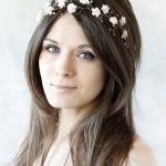 pricheski-svadebnye-raspushhennye-volosy_22