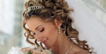 Укладываем прическу на свадьбу в греческом стиле