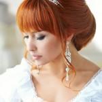 svadebnye-pricheski-na-dlinnye-volosy-s-chelkoj_4