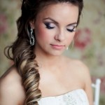 svadebnye-pricheski-s-nakladnymi-pryadyami_2