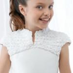 pricheski-dlya-devochki-na-svadbu_11