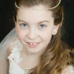 pricheski-na-svadbu-dlja-detej_14