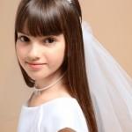 pricheski-na-svadbu-dlja-detej_15