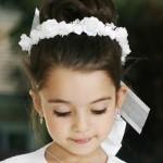 pricheski-na-svadbu-dlja-detej_16