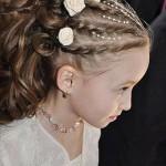 pricheski-na-svadbu-dlja-detej_18