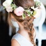 pricheski-na-svadbu-dlja-detej_19