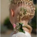 pricheski-na-svadbu-dlja-detej_24