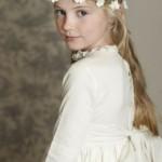 pricheski-na-svadbu-dlja-detej_3
