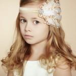 pricheski-na-svadbu-dlja-detej_4
