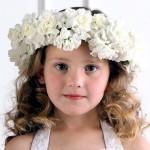 pricheski-na-svadbu-dlja-detej_9