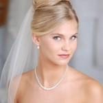 pricheski-svadebnye-babetta_5