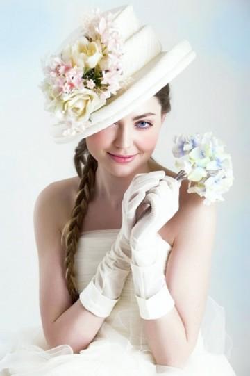 Свадебные прически со шляпкой в стиле ретро