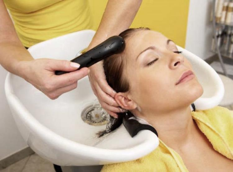 Последовательностьокрашивания волос оттеночной пенкой