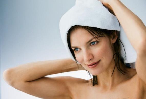 Применение маски для объема и густоты волос