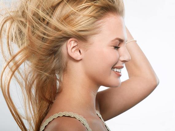 Особенности осветления волос народными средствами
