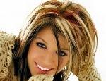 Как выполнить осветление прядей на темных волосах