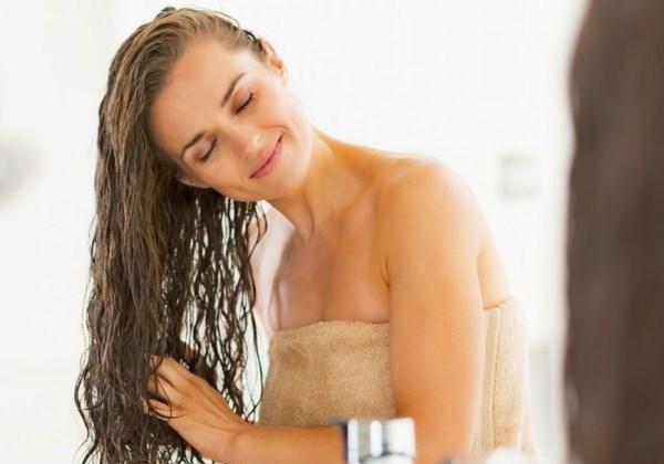 Нужно ли вытирать волосы после ополаскивания яблочным уксусом