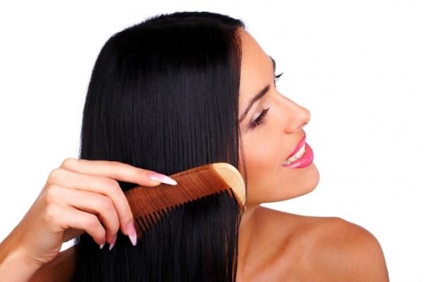 Как расчесывать нарощенные волосы на капсулах