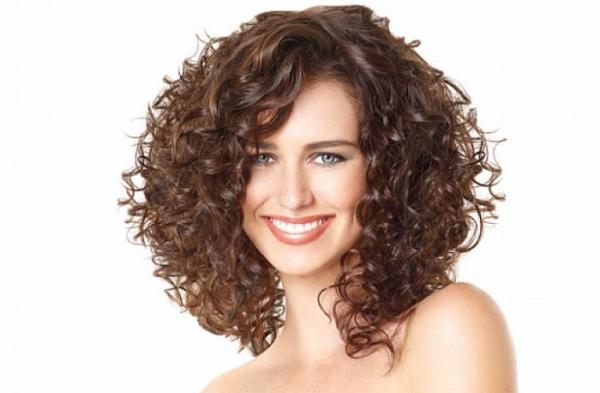 Как оценить состояние вьющихся волос
