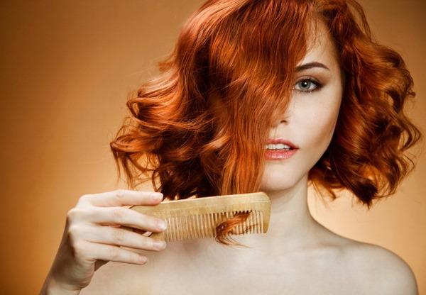 Как правильно расчесывать вьющиеся волосы