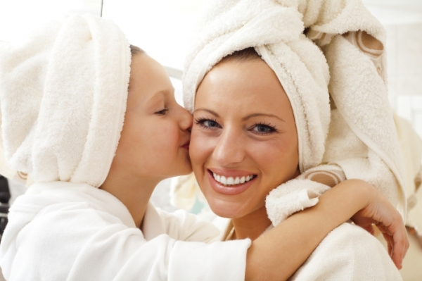Когда можно расчесывать волосы после мытья