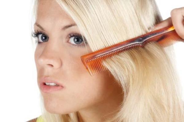 Как расчесывать нарощенные волосы после мытья