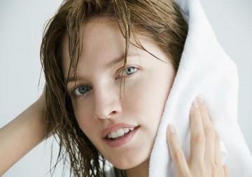 Как правильно сушить волосы после мытья без использования фена