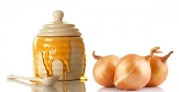 Какие дополнительные ингредиенты добавляют в маску для волос с луком и медом