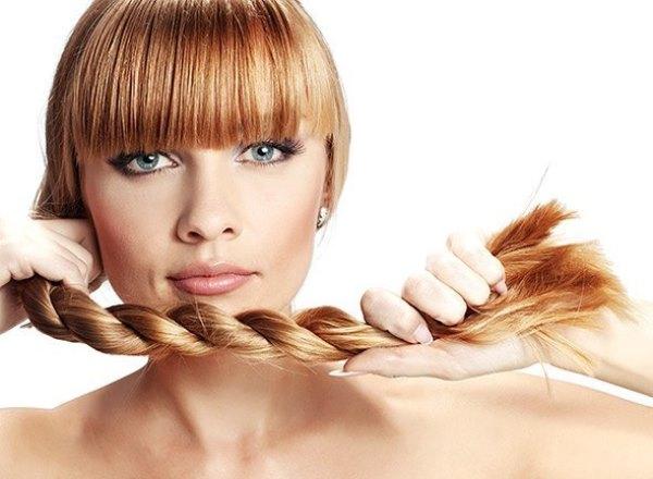 Какие задачи решает маска для волос с луком и медом