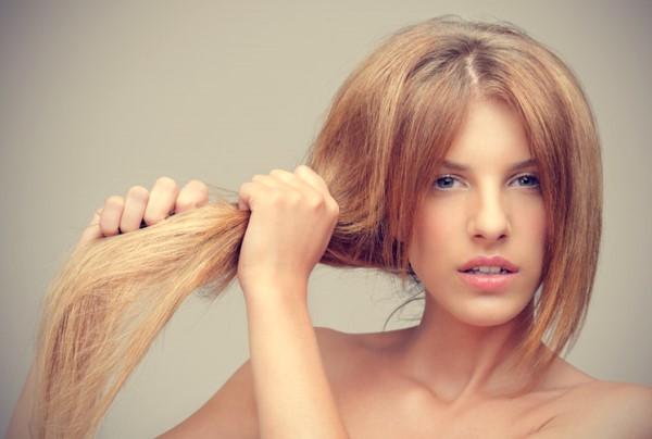 В каких случаях эффективна маска для волос с луком и медом