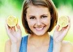 Насколько можно осветлить волосы с помощью лимона